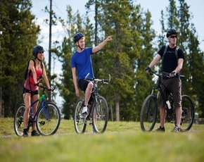Kerékpározás a Balatoni bringakörúton
