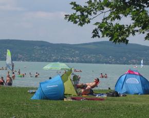 Nyár, Balaton, strandok
